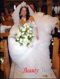 Британці закликають економити на весіллях