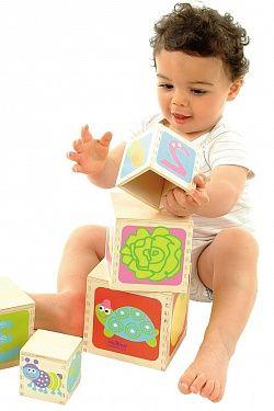 Що повинен уміти дитина з 6 до 9 місяців