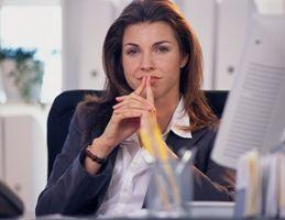 Що подарувати начальнику-жінці?