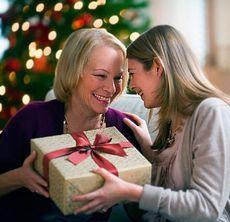 Що подарувати батькам на новий рік?