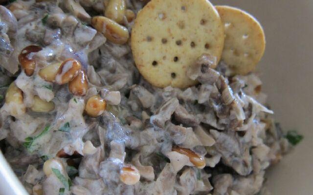 Грибна ікра в домашніх умовах: смачна закусна і заготівля на зиму