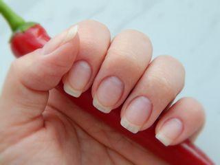 Як швидко відростити нігті на руках і ногах