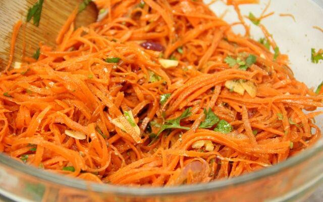Як робити корейську моркву: швидка гостра закуска