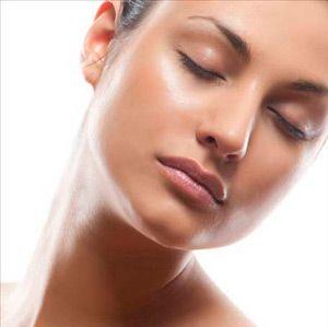 Як позбутися від жирної шкіри
