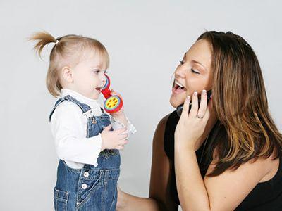 Як навчити дитину говорити