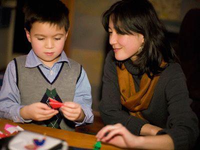 Як навчити дитину писати красиво