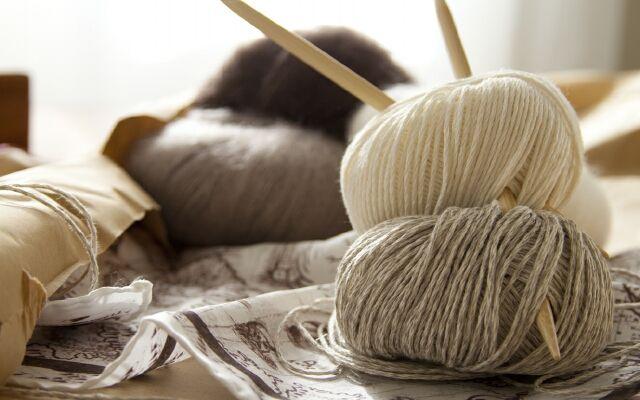 Як випрати кашемірове пальто будинку: дбайливий догляд