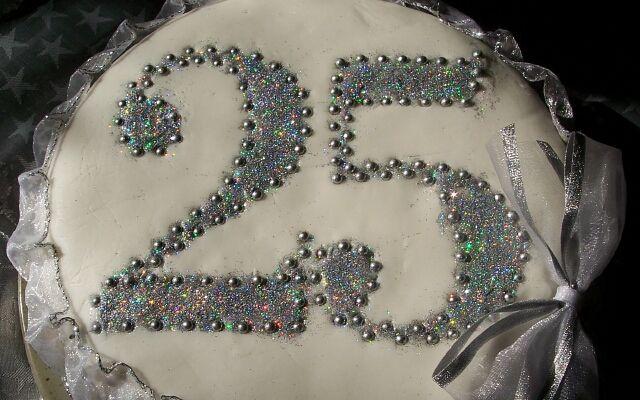 Як провести срібне весілля: 25 років разом
