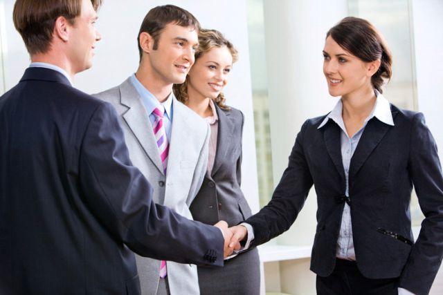 Як стати цікавим співрозмовником і завоювати симпатію в розмові?