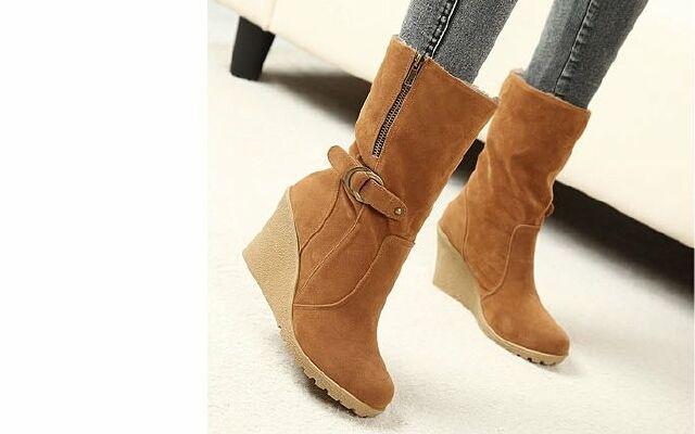 Як доглядати за чобітьми із замші: ретельна турбота