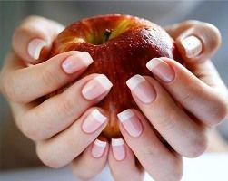 Як прискорити зростання нігтів?