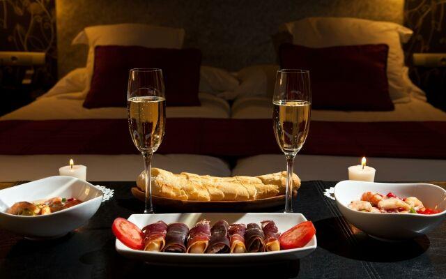 Як влаштувати романтичне побачення будинку: зроби коханому приємно