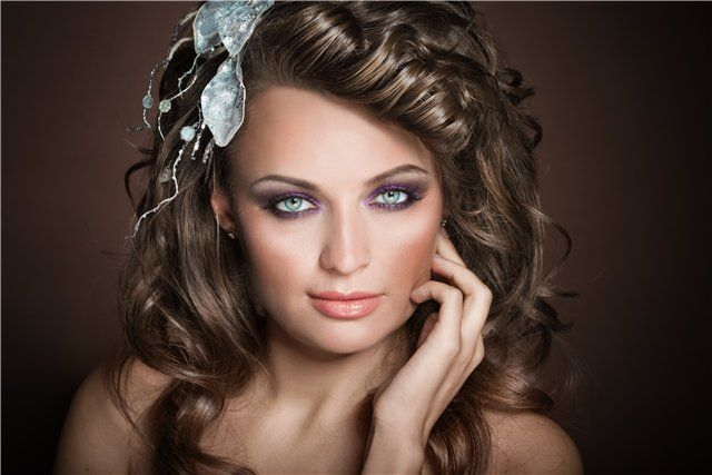 Які зачіски зараз в моді і прикрашають собою світові подіуми?