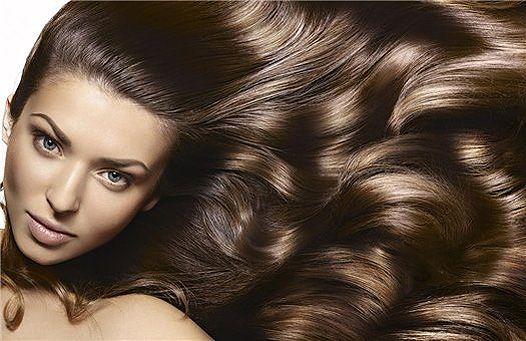 Косметичка пліткарка: кошти для укладання і захисту волосся