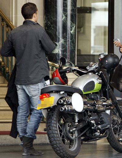 Хто тут: зірка на мотоциклі