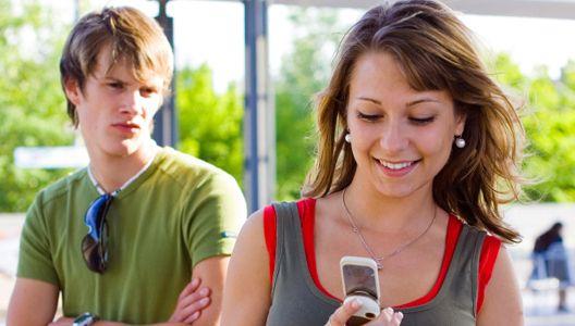Любов і ревнощі: роздуми про те, як взаємопов'язані ці почуття