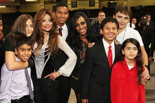 Michael forever: джексон, агілера і інші зірки на триб'ют-концерті