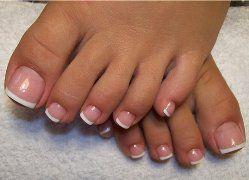 Нарощування нігтів на ногах: за і проти