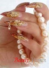 Пірсинг нігтів. За формою «гвоздика» на нігті можна дізнатися характер дівчини