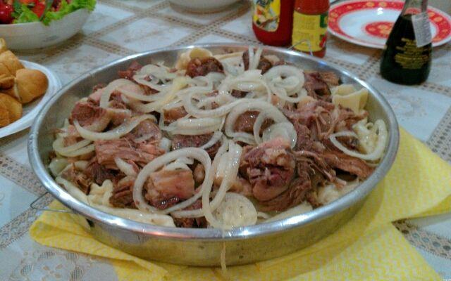 Приготування бішбармака: м'ясо з середньої азії