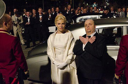 Сієнна міллер і тобі джонс у фільмі про альфреда хічкока the girl