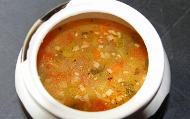Суп розсольник з перловкою