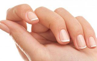 Вітаміни для зміцнення і зростання нігтів