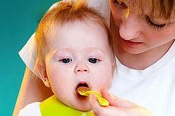 Введення твердої їжі в раціон дитини