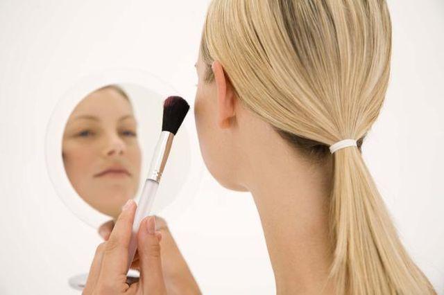Вибираємо тональний крем для сухої шкіри